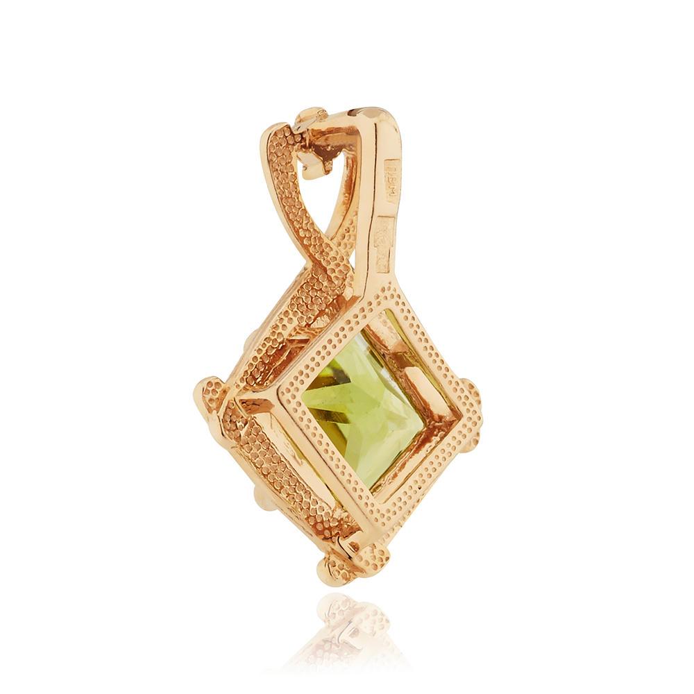Подвеска с хризолитом и бриллиантом из золота